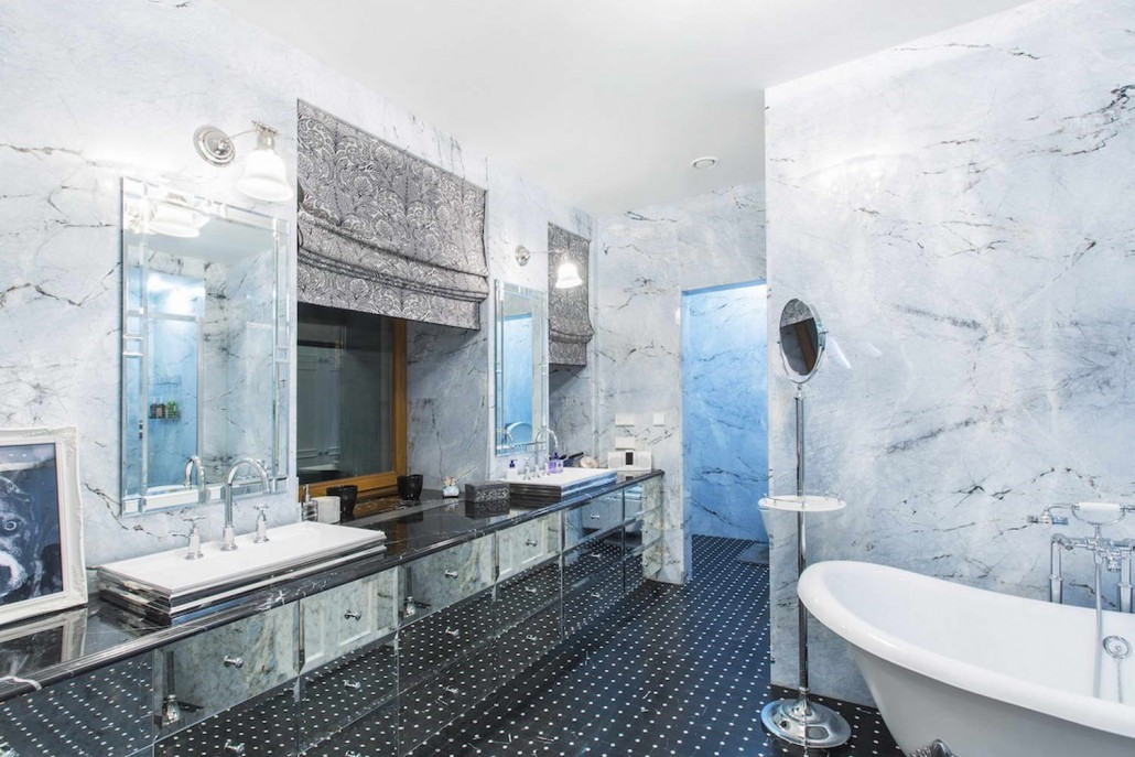 Bathroom In Iceberg Blue