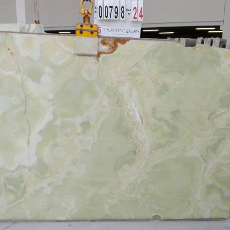 AG 798 - NEW GREEN JADE ONYX - slab 24